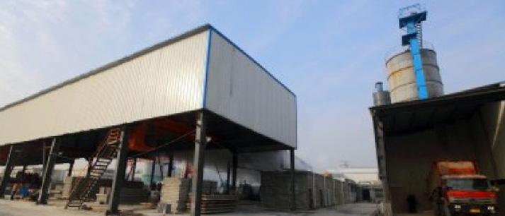 百ren牛牛网zhanjian材厂房展示