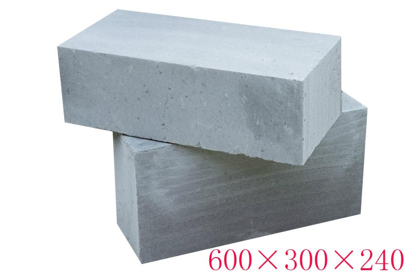 粉煤灰蒸yajia气混凝土砌块600*300*240